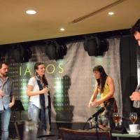Σταύρος Δάλκος, Κατερίνα Χατζάκη, Αφροδίτη Βέντη, Δημοσθένης Φίλιππας στη σκηνή των 4 φίλων